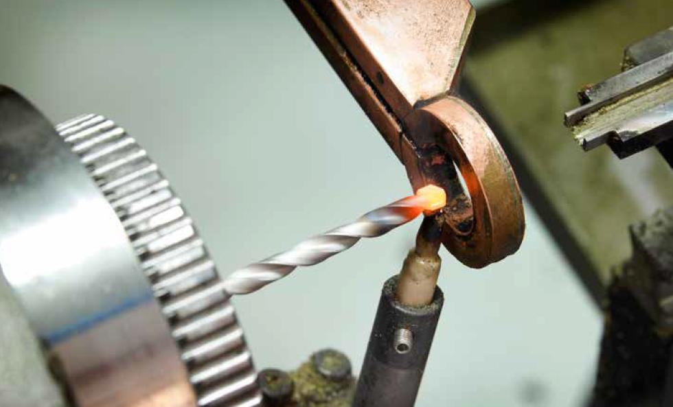 کاربرد کوره القائی بریزینگ فرکانس بالا در اتصال سر متل دریل